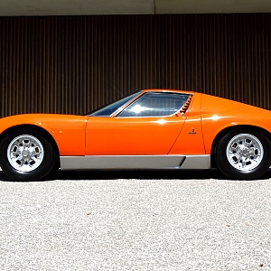 Miura P400 Concour Restoration Full Matching Numbers Garage